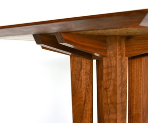 Dakota-table-by-fine-line-creations-m