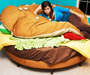 Delicious-sleep-the-hamburger-bed-m