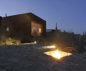 Desert-nomad-house-in-arizona-by-rick-joy-architects-m