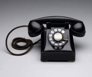 Design-museum-telephone-302-m