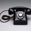 Design-museum-telephone-302-s
