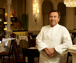 Dine-in-blue-jeans-with-daniel-boulud-m