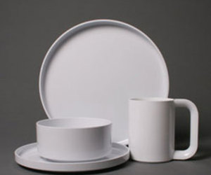 Dinnerware by Massimo Vignelli for Heller