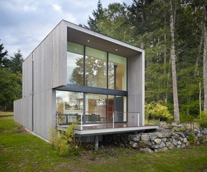 Doe-bay-cabin-by-heliotrope-architects-m