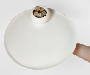 Dot-porcelain-tray-m