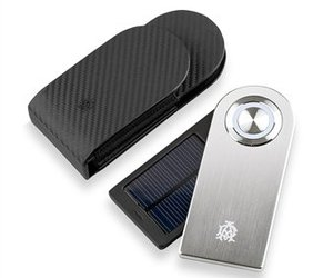 Dunhill-solar-charger-m