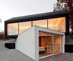Dynamic-single-family-home-by-fabi-architekten-m