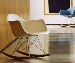 Eames-molded-plastic-rocker-chair-m