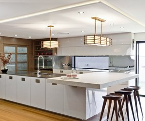 East-meets-west-kitchen-by-darren-james-m