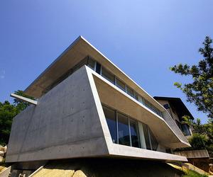 Edge-house-by-noriyoshi-morimura-architects-m