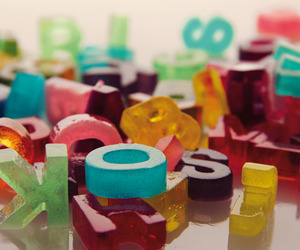 Edible-gelatin-typography-m