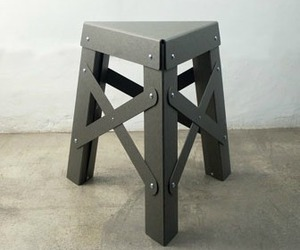 Eiffel-rs-barcelona-paper-stool-m