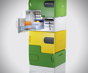 Electrolux-design-labs-flatshare-fridge-m