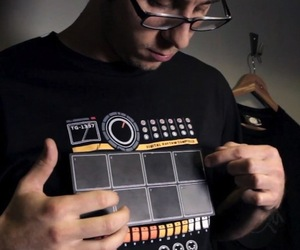 Electronic-drum-machine-shirt-m