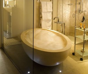 Ellipse-bathtub-in-ivory-stone-m