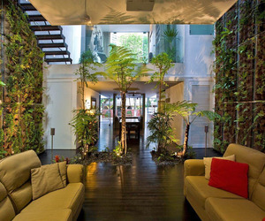 Elok-house-in-singapore-by-chang-architects-m