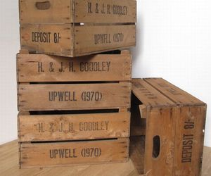 English-apple-crates-m