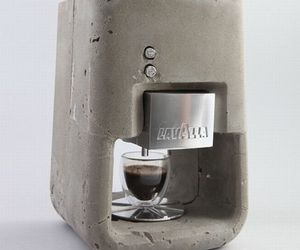 Espresso-solo-stylish-concrete-coffee-maker-m
