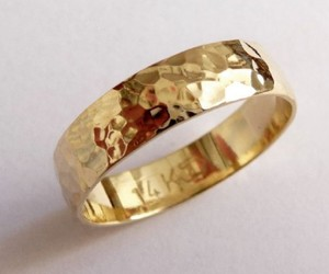 Exclusive Handmade Wedding Rings by Hava Lazar