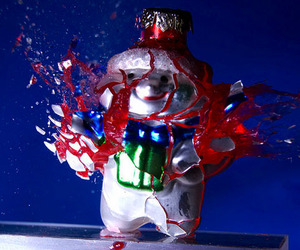 Exploding-christmas-ornaments-m