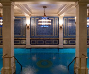 Extraordinary-indoor-swimming-pool-designs-m