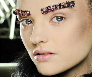 Eyebrow-jewelry-from-chanel-m