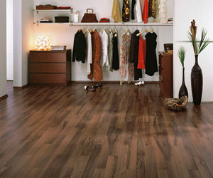 Feelwood-italian-walnut-laminate-flooring-from-egger-m