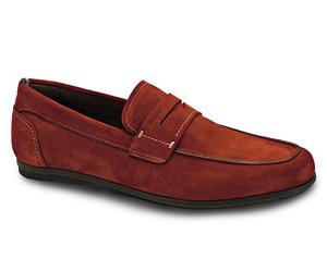 Ferragamos-eco-friendly-footwear-m