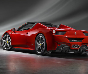 Ferrari-458-spider-m