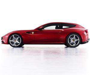 Ferrari-ff-hatchback-m