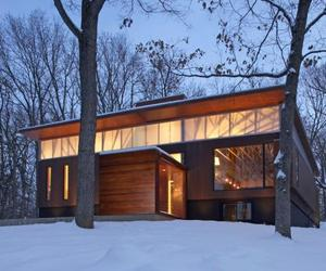 Ferrous House by Johnsen Schmaling Architects