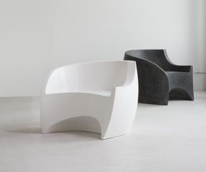 Fiberglass-chair-by-vladimir-kagan-and-ralph-pucci-m