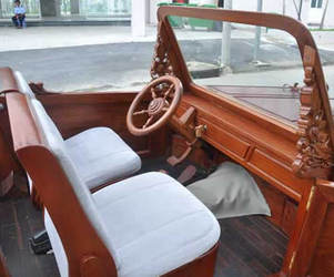 First-wooden-car-in-vietnam-2-m