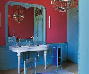Flamboyant-bathroom-m