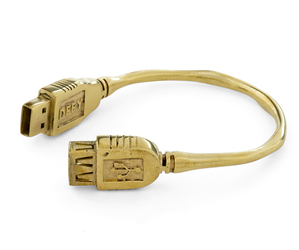 Flash-drive-bracelet-by-monserat-de-lucca-m