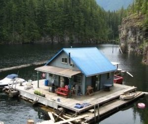 Float Cabin Living