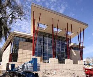 Florida-southern-college-unveils-christoverson-building-m