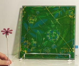 Flower-power-solar-windows-from-sony-m
