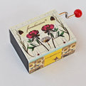 Foradacaixar-music-box-s