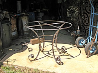 Forged-circular-table-m