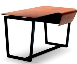 Fred-leather-desk-from-poltona-frau-m