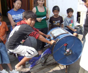 From-mit-the-bicilavadora-an-inexpensive-bikewashing-machine-m