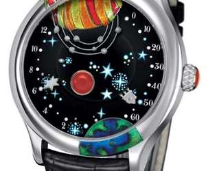 From-the-earth-to-the-moon-watch-m