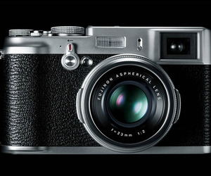 Fujifilm-x100-camera-m