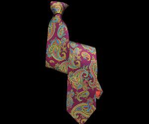 Fuschia-pink-paisley-printed-silk-tie-m