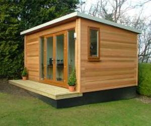Garden-office-in-england-m