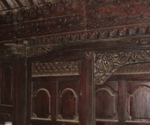 Gebyok-traditional-furniture-partition-from-bali-m