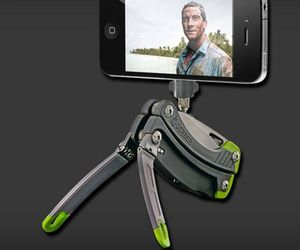 Gerber-combination-tool-acts-as-camera-stand-m