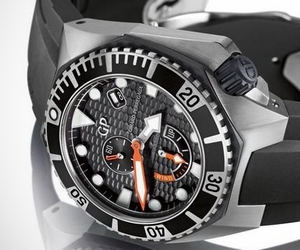 Girard-perregaux-sea-hawk-collection-m