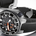 Girard-perregaux-sea-hawk-collection-s